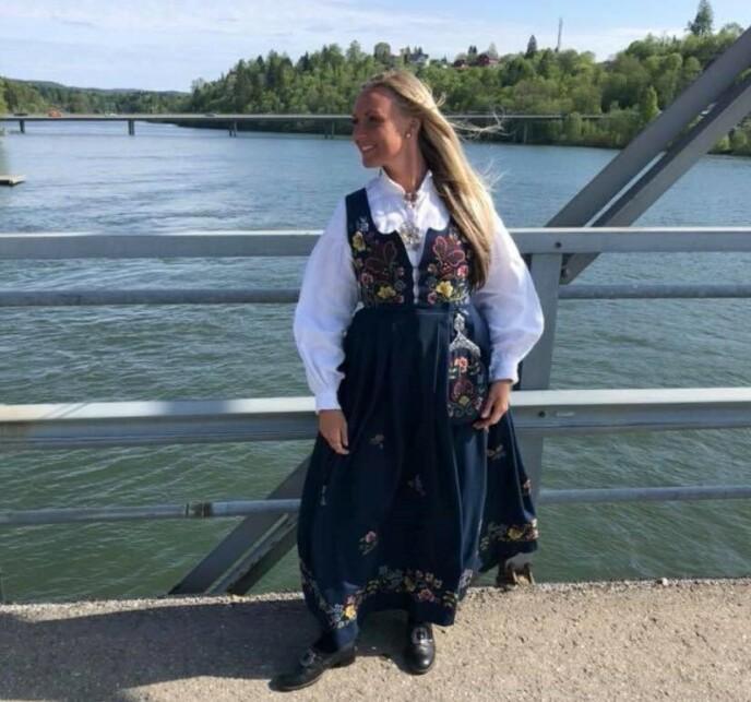 HÅR: Christell Wilsgård sier at hun har fått mye selvtilitt av «parykken», og er takknemlig for at hun fortsatt er i live i dag. Foto: Privat.