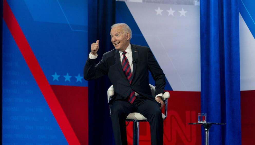 KRITISERT: President Joe Biden blir kritisert etter et besøk i Cincinnati. Foto: AP Photo / Andrew Harnik/ NTB