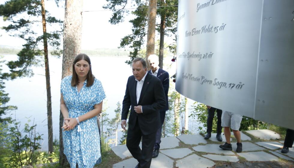 UTØYA: Astrid Hoem, Leder i AUF, og statsminister i Sverige Stefan Löfven på Utøya dagen før 10-årsmarkeringen for terrorangrepet 22. juli 2011. Foto: Beate Oma Dahle / NTB