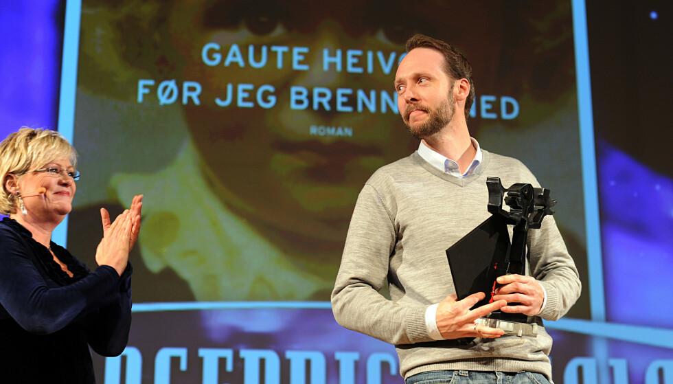 PRISBERØMT: Gaute Heivolls mest kjente verk, «Før jeg brenner ned» er i likhet med «Forklaringen» basert på ekte hendelser. Romanen kom ut i 2010 og vant Heivoll den skjønnlitterære Brageprisen det samme året. Foto: Vidar Ruud / All Over Press