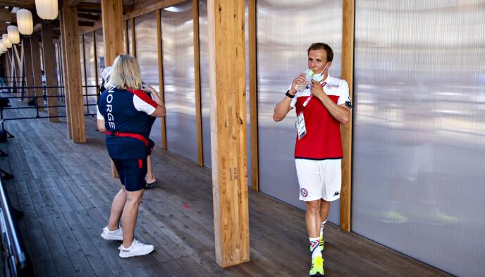 MØTTE PRESSEN: Kristian Blummenfelt og resten av triatlonlandslaget. Foto: Bjørn Langsem