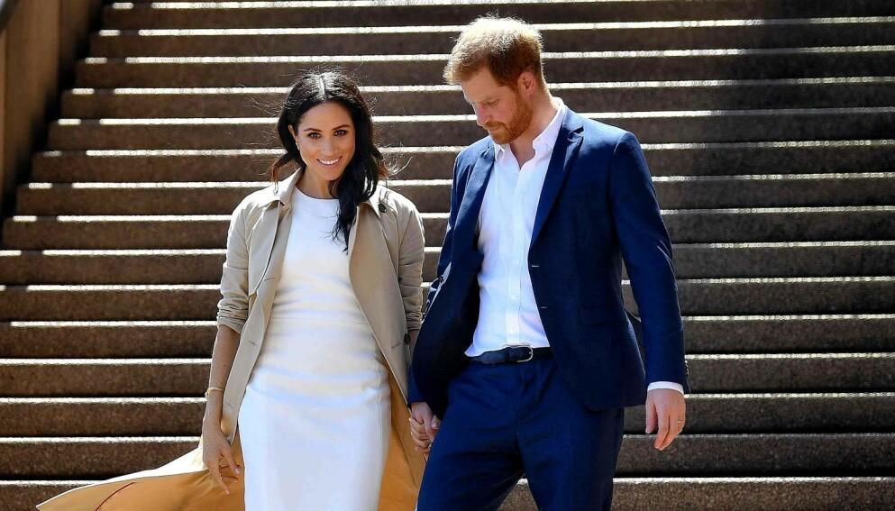 TRAKK SEG UNNA: Hertuginne Meghan og prins Harry har tatt avstand fra det britiske kongehuset. Foto: AFP/NTB