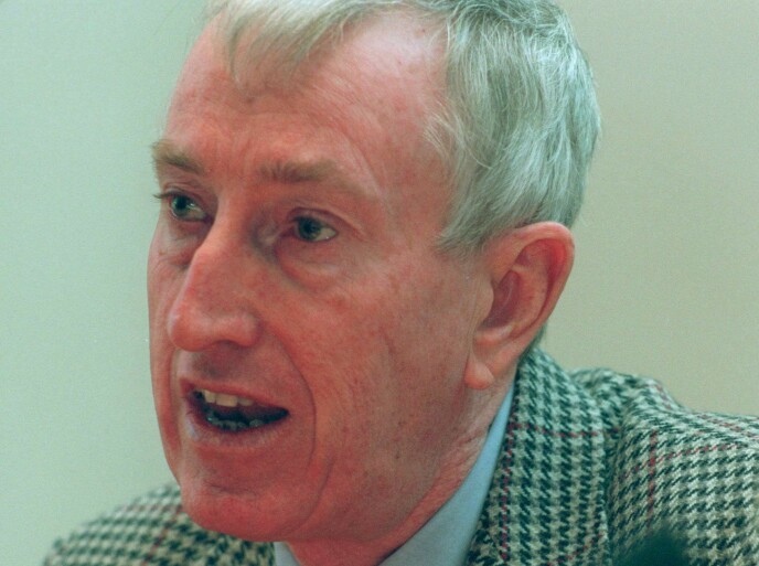 EKSPERT: Nobelprisvinner Peter Doherty i 1996, året etter at han vant Nobelprisen i medisin for oppdagelser knyttet til immunforsvaret. Foto: Eric Roxfelt / AP Photo