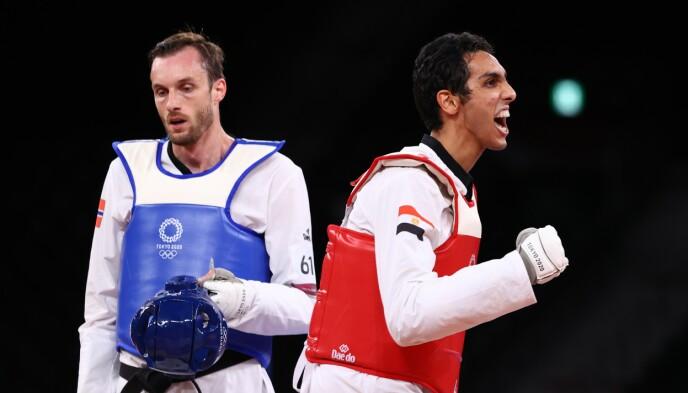 SLAGEN: Seif Eissa jubler etter seieren i bronsefinalen. Richard André Ordemann fortviler. Foto: NTB