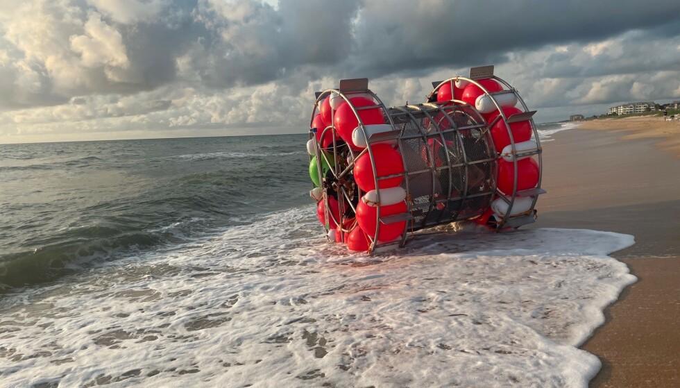 HER ENDTE FERDEN: Langdistanseløperen kom ikke langt i det sjøsatte «hamsterhjulet» sitt. Foto: Lensmannskontoret i Flagler County