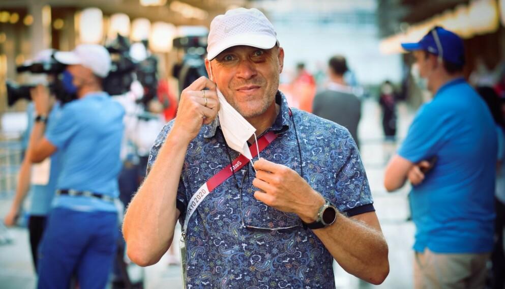 RINGSIDE: Vebjørn Rodal har ankommet Tokyo. I dag fulgte han pressemøtet med flere av de norske deltakerne i friidrett.