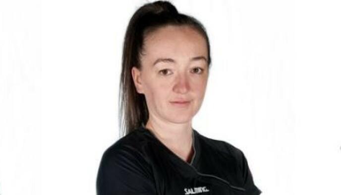 KAPTEIN: Erin Roxburgh-Makea støtter de norske jentene. Foto: Skjermdump / New Zealand Handball Federation