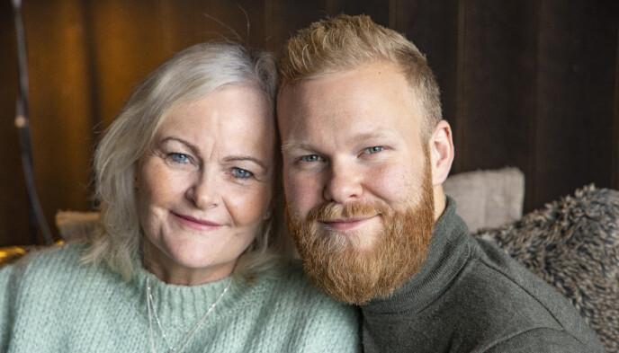 NÆRT FORHOLD: Mathias og mammaen, kreftsyke Torunn Skar Pascual, har et svært nært forhold. Foto: Tor Lindseth / Se og Hør
