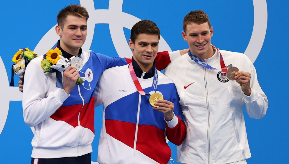 TOKYO: The three medals from the 100 meters back at the Olympic Games.  Fv Kliment Kolesnikov, Evgeny Rylov and Kliment Kolesnikov.  Photo: Reuters / Marko Djurica