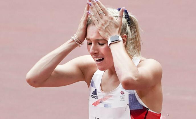 SMERTEFULLT: Jessie Knight river seg i håret av fortvilelse. Foto: NTB