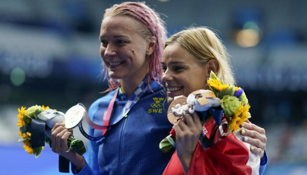 TILBAKE: Sarah Sjöstrøm tok sølv foran danske Pernille Blume. Foto: NTB
