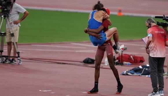 DELTE GULLET: Mutaz Essa Barshim og Gianmarco Tamberi tok med seg hver sin gullmedalje. Foto: Foto: Bjørn Langsem / Dagbladet