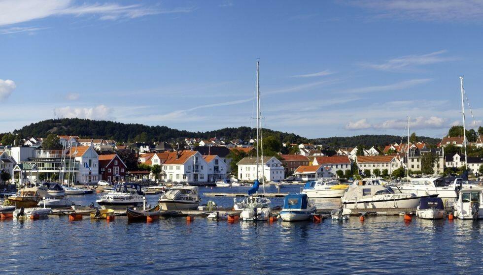 BEKYMRET: Kommuneoverlegen i Lillesand, Thor-Erling Engemyr, er bekymret etter ei helg med festivaler og private fester i kommunen. Foto: Tore Wuttudal, Samfoto / NTB