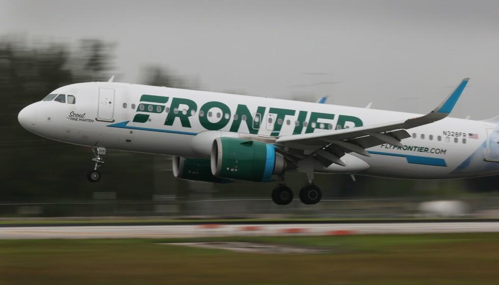 TEIPET: 22-åringen ble teipet fast om bord på et fly som gikk fra Philadelphia til Miami. Foto: Joe Raedle / Getty Images / AFP / NTB
