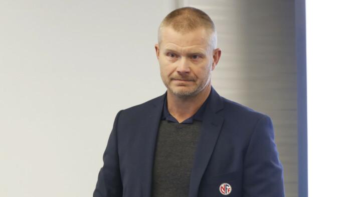 TAR SELVKRITIKK: Nils Fisketjønn i NFF. Foto: Lise Åserud / NTB