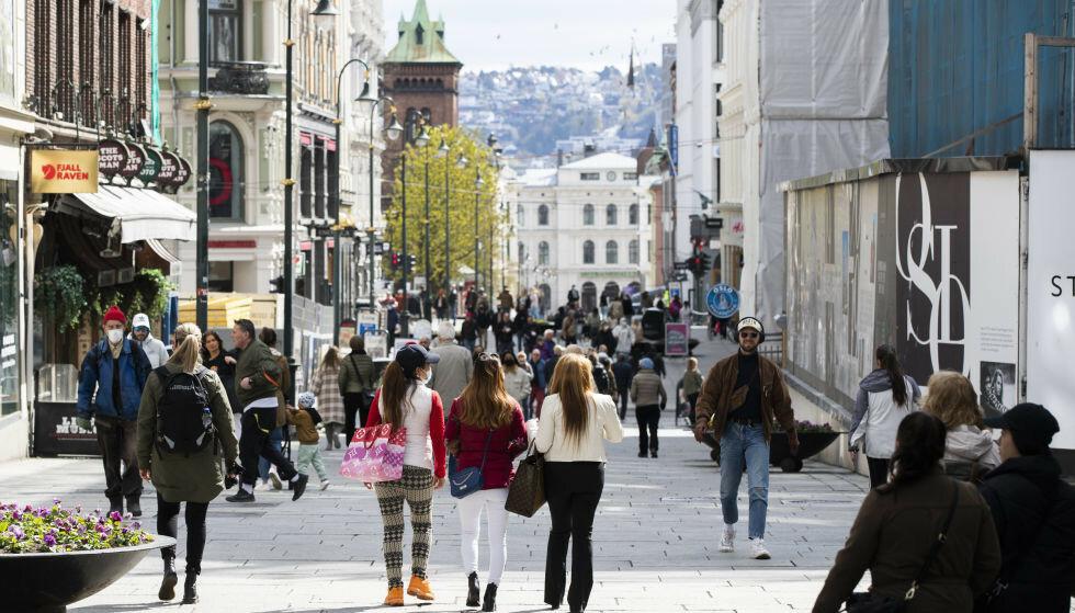 ØKENDE SMITTE: Det er registrert 81 nye coronasmittede i Oslo det siste døgnet. Smittetrenden er økende. Foto: Berit Roald / NTB