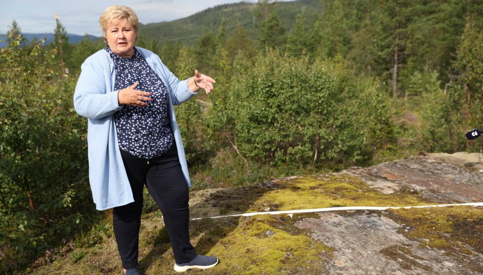 PÅ TUR: Erna Solberg er for tiden på valgkampturné i Nord-Norge. Her fra tomten til den nye Polarsirkelen lufthavn utenfor Mo i Rana. Foto: Kristian Ridder- Nilsen / Dagbladet