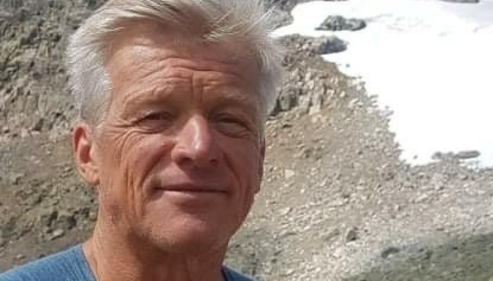 FIKK HJERTESTANS: Frank Guneriussen fikk hjertestans på vei fra hytta i midten av juli. Nå takker han dem som reddet ham, for hjelpen. Foto: Privat