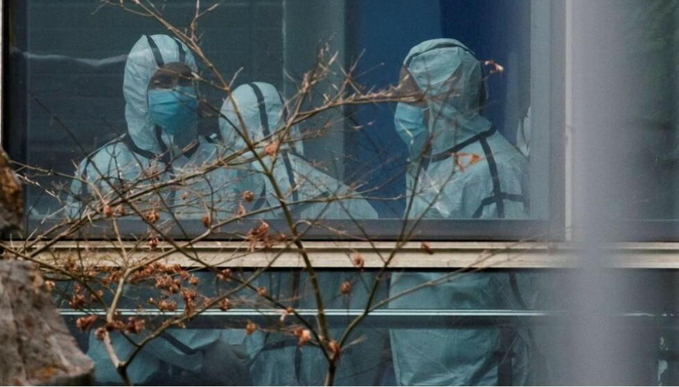 VIRUSET: Genetiske data kan avdekke opphavet til coronaviruset. Foto: Reuters/NTB