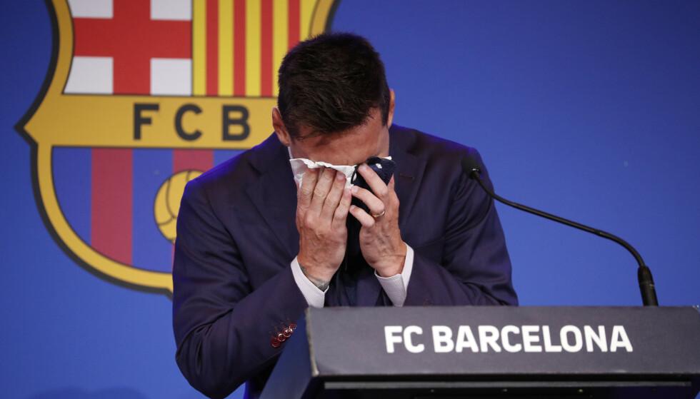 EMOSJONELL: Følelsene tok overhånd da Messi endelig brøt stillheten etter sjokk-exiten. FOTO: Reuters