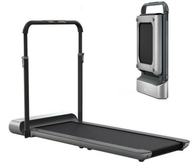 Walkingpad er så lett og enkel å håndtere at du kan plassere den under en seng, opp langs veggen eller i et kott når den ikke er i bruk.