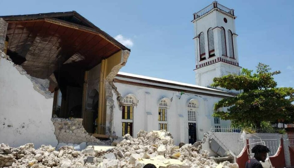 Leisure: Many buildings like this church in the city of Les Cayes in Haiti have collapsed in the earthquake.  Photo: AP Photo / Delot Jean / NTB