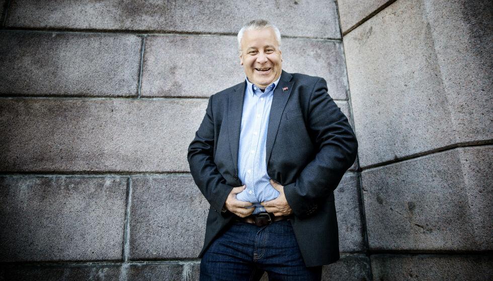 NY HVERDAG: Bård Hoksrud (48) drakk seks liter Pepsi Max og spiste 200 gram sjokolade hver eneste dag før han la om livsstilen helt. Foto: Nina Hansen / Dagbladet