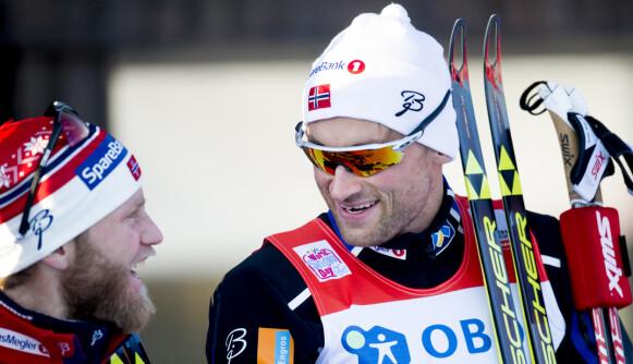 HÅP: Martin Johnsrud Sundby (t.v) håper han ser Petter Northug i langløp til vinteren. Foto: Jon Olav Nesvold / NTB