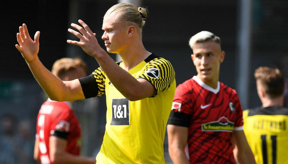 SKUFFET: Erling Braut Haaland var tydelig skuffet etter lørdagens tap mot Freiburg. FOTO: Thomas Kienzle/AFP.