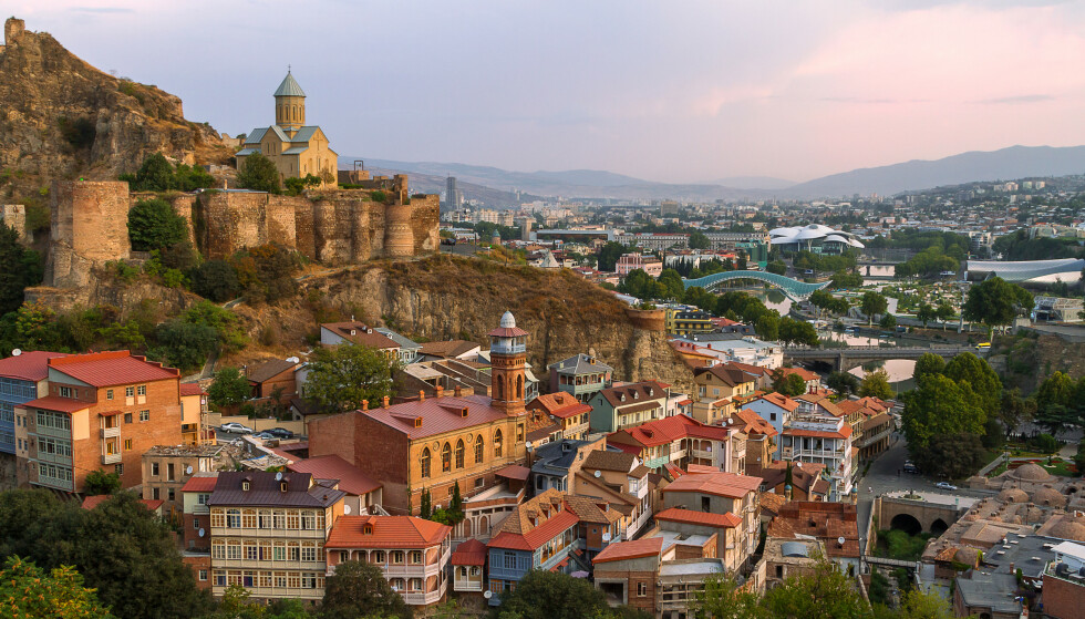 GEORGIA: Smitten i Georgia har spredt seg raskt de siste ukene, her fra Tbilisi. Foto: Shutterstock / NTB