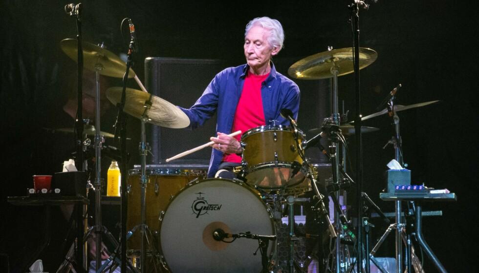 Rolling Stones trommeslager Charlie Watts er død, 80 år gammel. Han er et at medlemmene som har vært lengst i bandet, sammen med blant annet Mick Jagger.Foto:y SUZANNE CORDEIRO / AFP /NTB