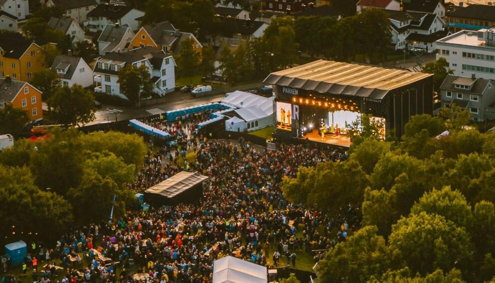 UMULIG: For Rensåsen 2021 ble det umulig å gjennomføre årets festival da arrangøren ikke fikk gjennomført testkonsert. Her fra Parkenfestivalen i i Rensåsparken i 2019. Foto: Parkenfestivalen/Frida Xiang Nordås