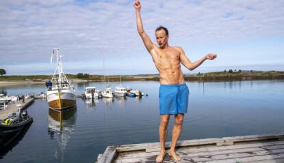 SPORTY: Øystein Greni tar seg et morgenbad under innspillingen av «Hver gang vi møtes» . Foto: Lars Eivind Bones / Dagbladet