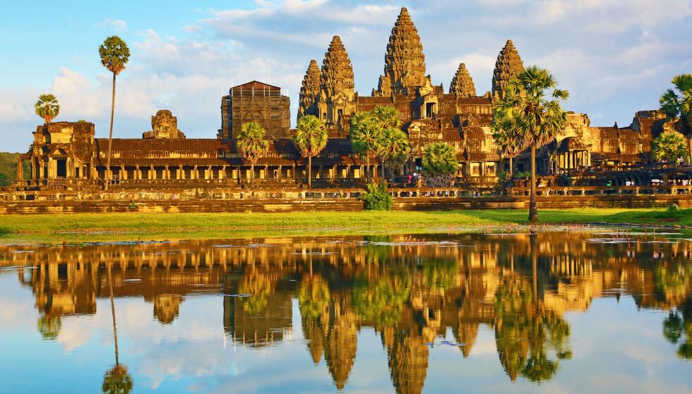 NEKTER KOPI: Thailandske myndigheter, og munken som står bak bygningskontruksjonen, har nektet for å prøve å kopiere det kambodsjanske tempelet Angkor Wat, som er avbildet her. Foto: Paul Brown/REX/ NTB
