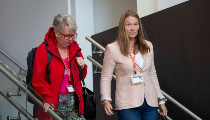 TRAVEL: Generalsekretær Ingvild Bretten Berg kom ut fra møtet fem minutter før skipresident Erik Røste. Foto: Nina Hansen