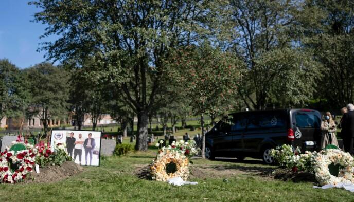 GRAVLEGGES: De tre brødrene Emad (20), Ibrahim (18) og Yahya (17) begraves. Foto: Fredrik Hagen / Dagbladet
