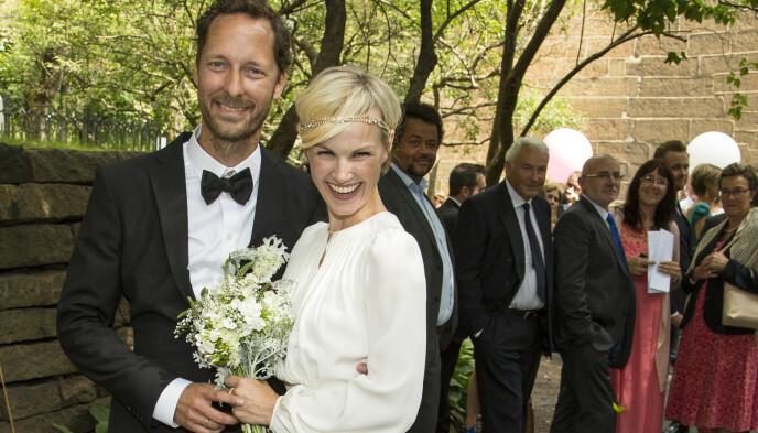 SKUESPILLERPAR: Lena Kristin Ellingsen og Trond Fausa Aurvåg giftet seg i Gamle Aker Kirke i Oslo i 2014. Nå har paret tre barn sammen.