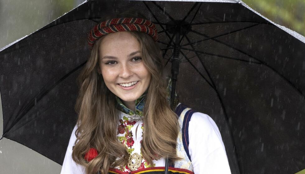 FRISK: Prinsesse Ingrid Alexandra er frisk etter å ha testet positivt for corona. Det bekrefter kronprinsen. Foto: Andreas Fadum / Se og Hør