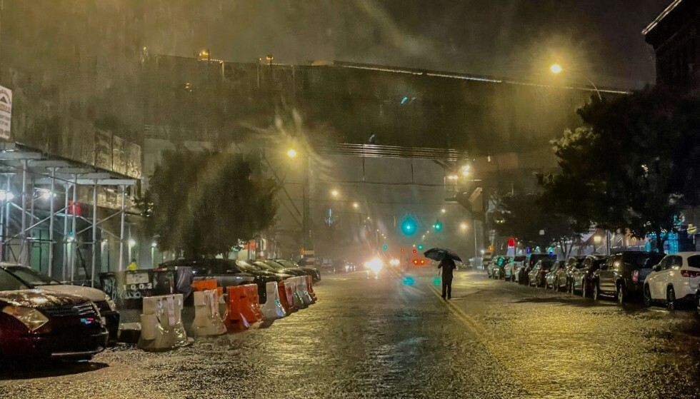 NEW YORK: Bydelen Bronx er et av stedene som er rammet av uværet. Foto: David Dee Delgado/Getty Images/AFP/NTB
