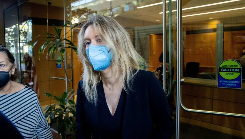 I RETTEN: Elizabeth Holmes fikk en rå start på karrieren. Nå er hun imidlertid tiltalt for grovt bedrageri. Ethan Swope/Getty Images/AFP/NTB