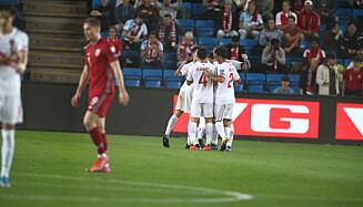 JUBEL: Gibraltar kunne feire for scoring i den første omgangen. Foto: Bjørn Langsem / Dagbladet