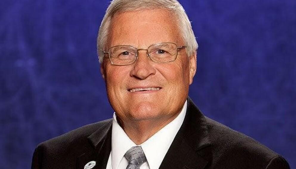 INNLAGT: Lokalpolitiker Fred Lowry i Volusia i Florida er innlagt med corona. Foto: Volusia County