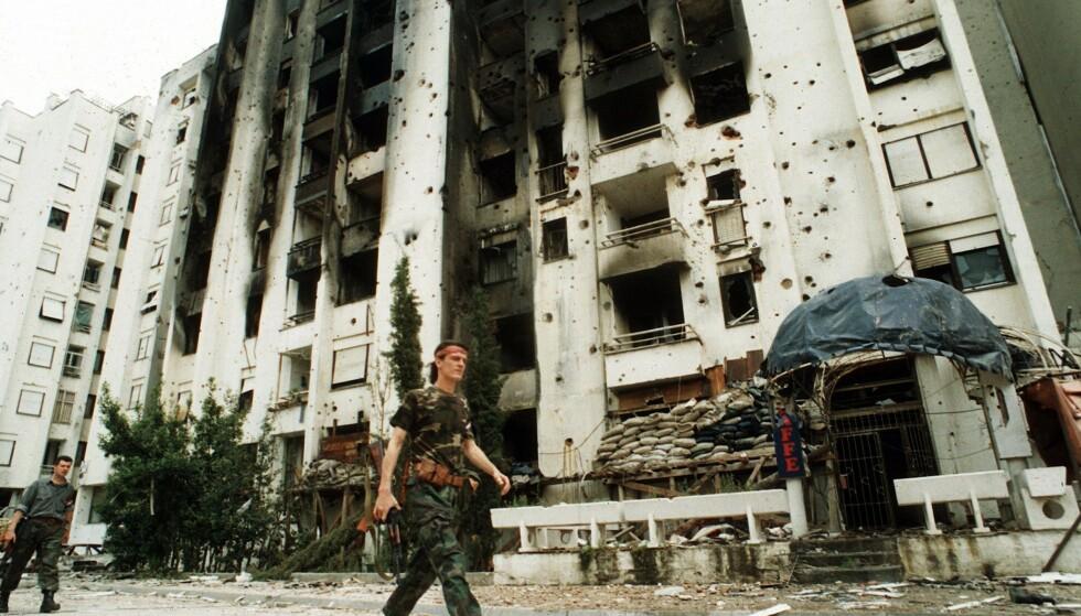DESTRUCCIONES: La guerra en la ex Yugoslavia, que duró de 1992 a 1995, provocó una destrucción masiva, la muerte y obligó a millones de personas a huir.  Foto: Simon Townsley / REX / NTB