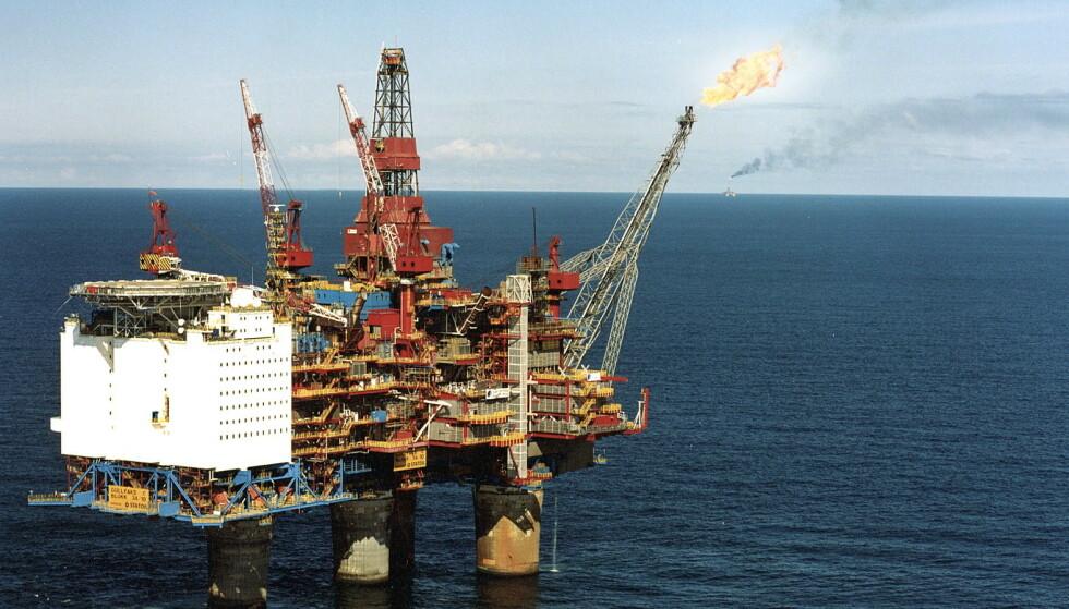 MEIR GASS: Vi treng gass for å få til våre verdikjeder innan nye lavkarbonprodukt, og vi treng faktisk å leite etter meir gass. Utan ny leiting, vil gassen i Nordsjøen ta slutt før vi har fått bidratt med klimaeffekt, skriv innsendaren. Foto frå Gullfaks C i Nordsjøen: Øyvind Hagen / Statoil