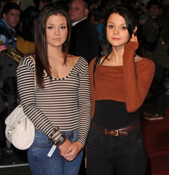 TO DRÅPER VANN: Tvillingsøstrene på filmpremiere i 2010. Foto: David Fisher / REX / NTB