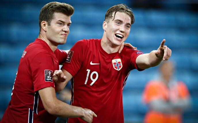 MÅLJUBEL: Kristian Thorstvedt feirer 1-0-målet mot Gibraltar sammen med Alexander Sørloth (t.v.). Foto: Bjørn Langsem / Dagbladet