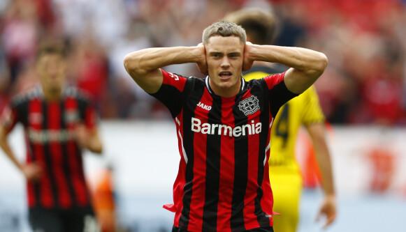 VIDUNDERBARN: Florian Wirtz var helt enorm for Bayer Leverkusen i oppgjøret mot Dortmund. Foto: REUTERS/Thilo Schmuelgen DFL regulations