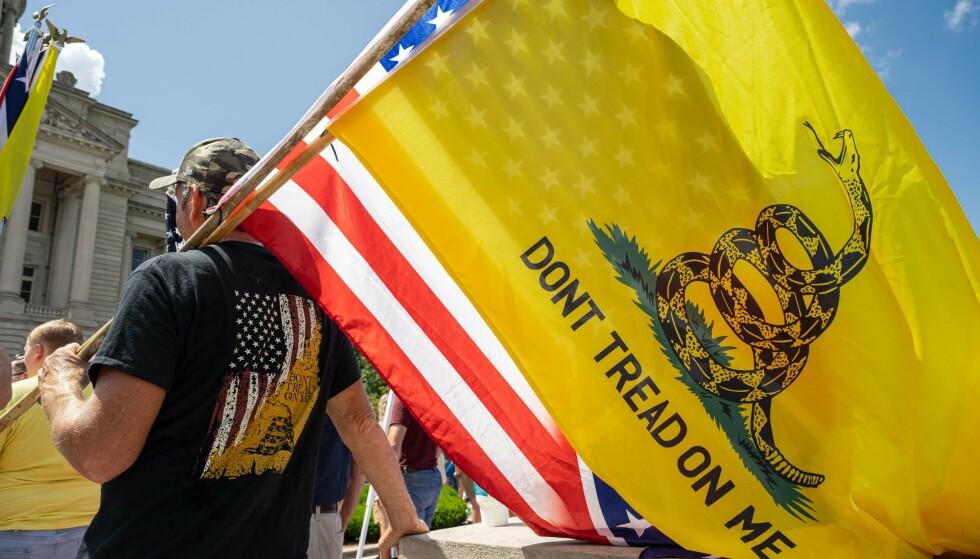 VAKSINEPROTEST: En protestmarkering mot corona-vaksiner i Fankfort, Kentucky - to uker før kravene til president Joe Biden. Foto: Jon Cherry, Getty Images/AFP/NTB.