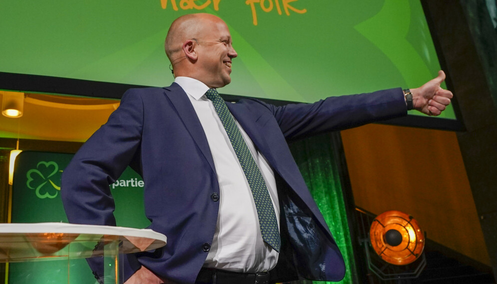 FULL JUBEL: Det var full jubel hos Senterpartiet og Trygve Slagsvold Vedum mandag kveld. Foto: Lise Åserud / NTB