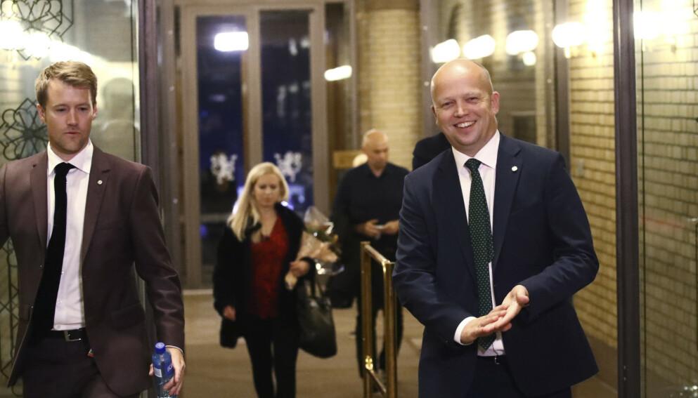 STRUTTET AV SELVTILLIT: Vi kommer til å høre Trygve Slagsvold Vedums rungende latter mye framover. Foto: Bjørn Langsem / Dagbladet